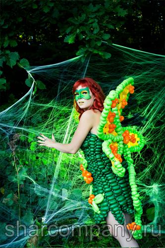 Платье из воздушных шаров для фотосессии
