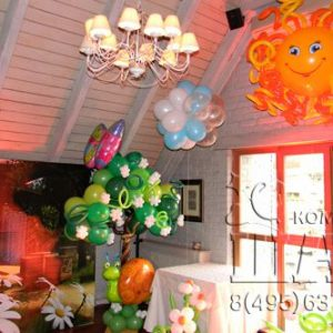 Композиция из воздушных шаров «Весеннее дерево»