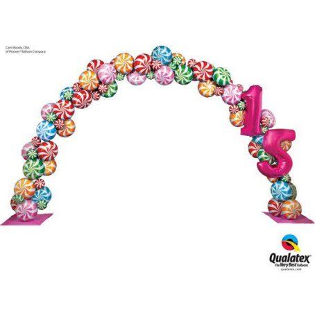 арка с конфетами из шариков