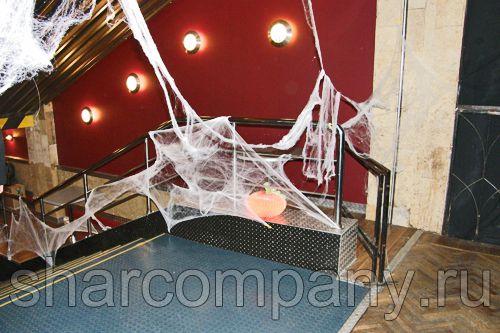 Украшение ночного клуба на Хэллоуин
