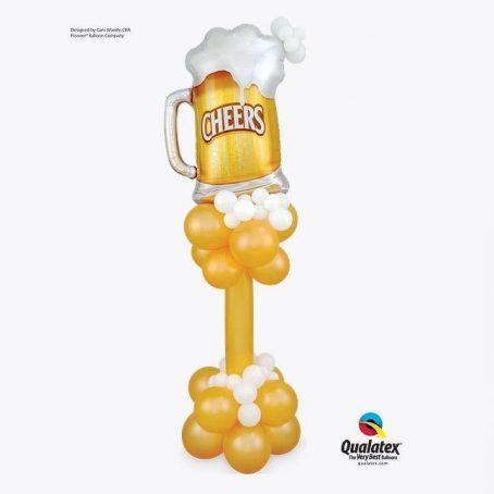 К дням рождения Пузырьковая белая латексная пена украшает эту колонку, увенчанная формой Microfoil® Cheers! Beer Mug. Подними бокал ко дню рождения!