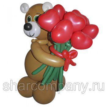"""Фигура из шаров """"Мишка с букетом сердец"""""""