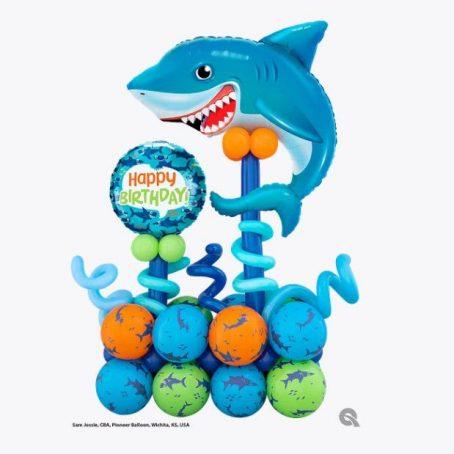 """Композиция из шаров """"Поздравление от акулы"""""""
