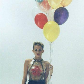 Воздушные шары как у Майли Сайрус