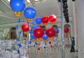 Украшение шарами праздника компании AIG Life